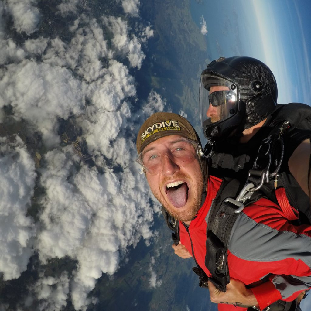 6 things-to-know-about-skydiving-2